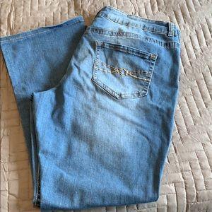 MUDD size 18 skinny boot cut jeans